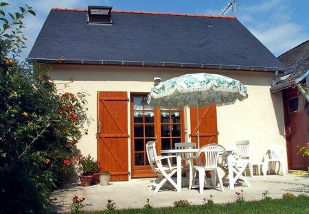 House in Noyant-Villages, France