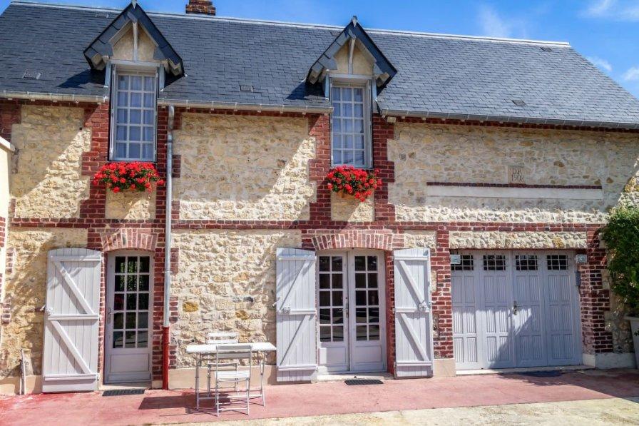 Villa in France, Saint-Arnoult