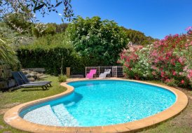 Villa in Saint-Cyr-sur-Mer, the South of France