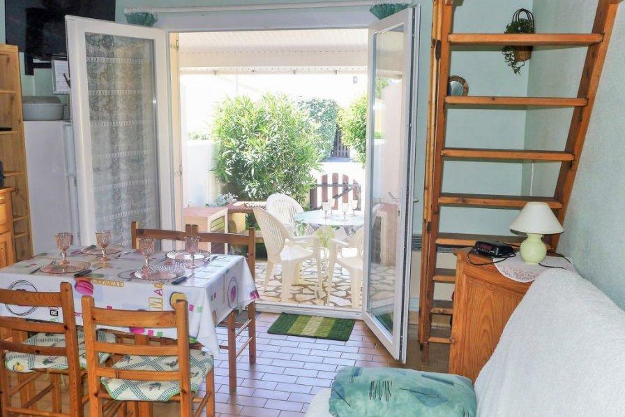 House in France, Fleury