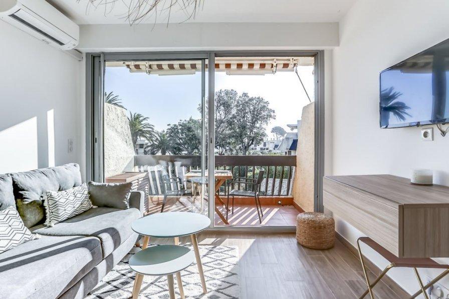 Apartment in France, Fréjus