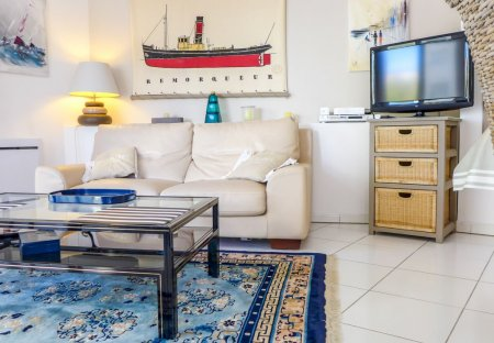 Apartment in Front de Mer, France