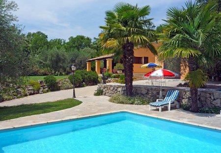 Villa in Saint-Cézaire-sur-Siagne, the South of France