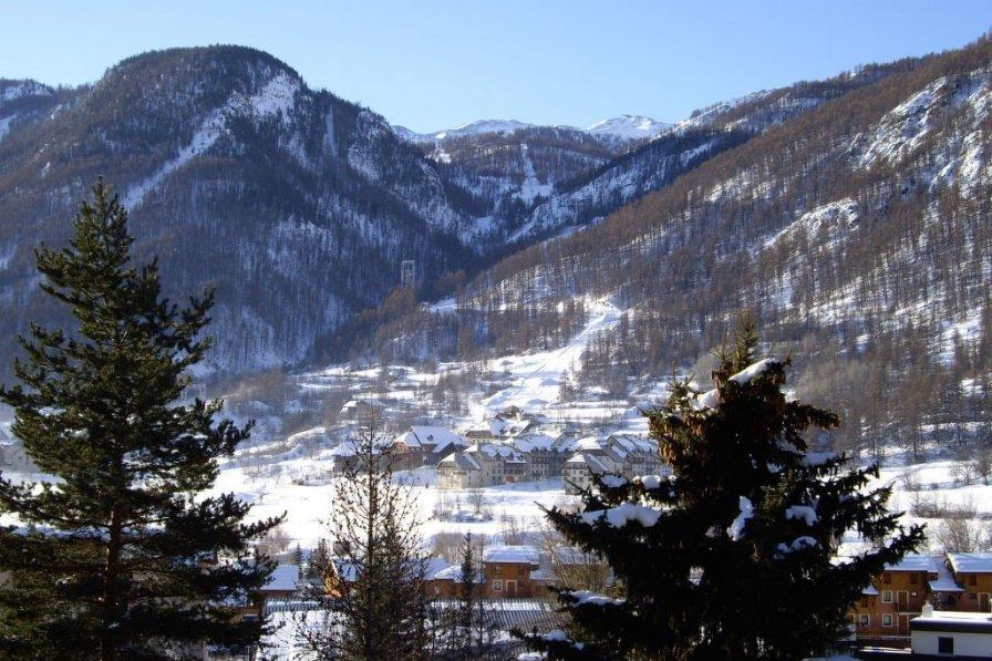 Chalet in France, La Salle-les-Alpes