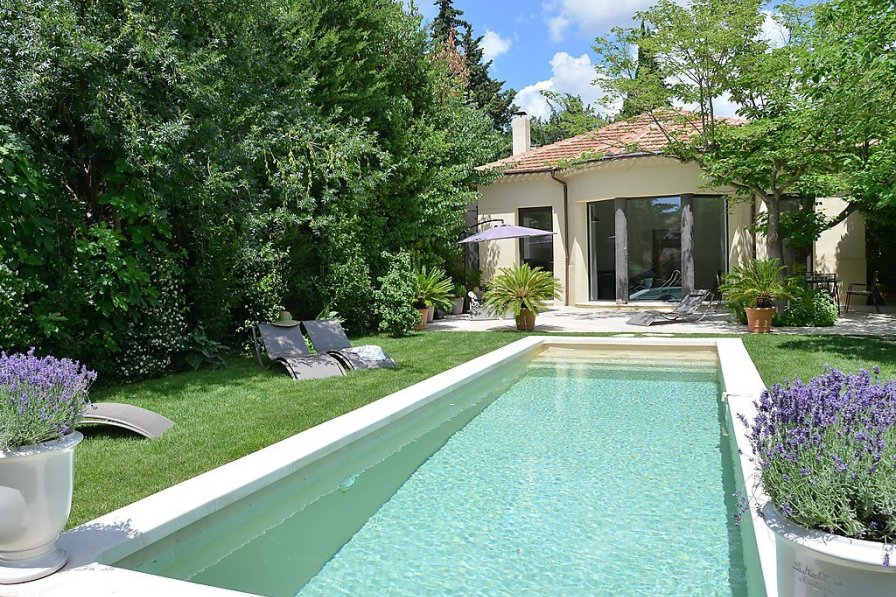 House in France, Couronne Est