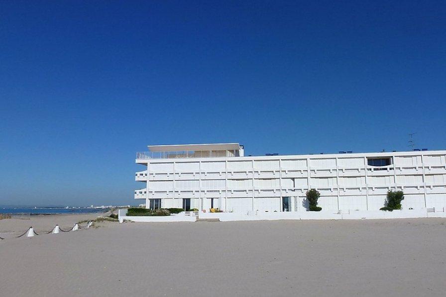 Owners abroad La Residence de la Mer