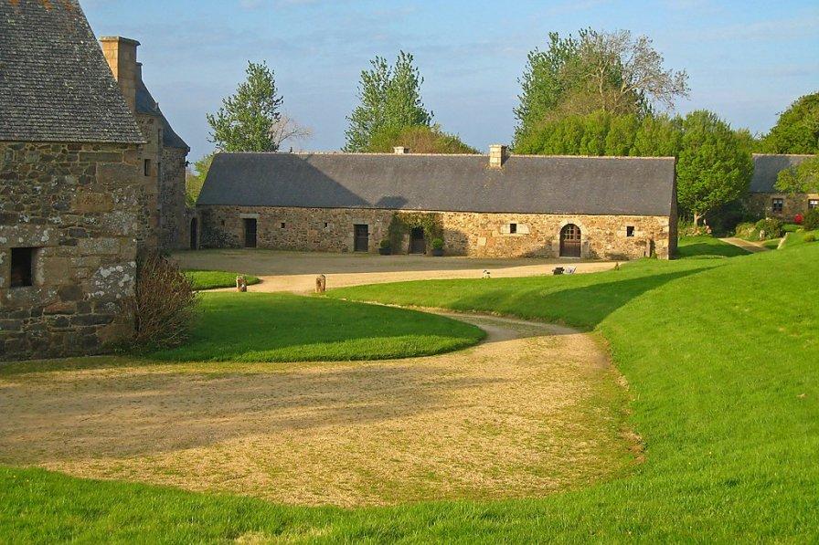 House in France, Pegase- Le Rhu