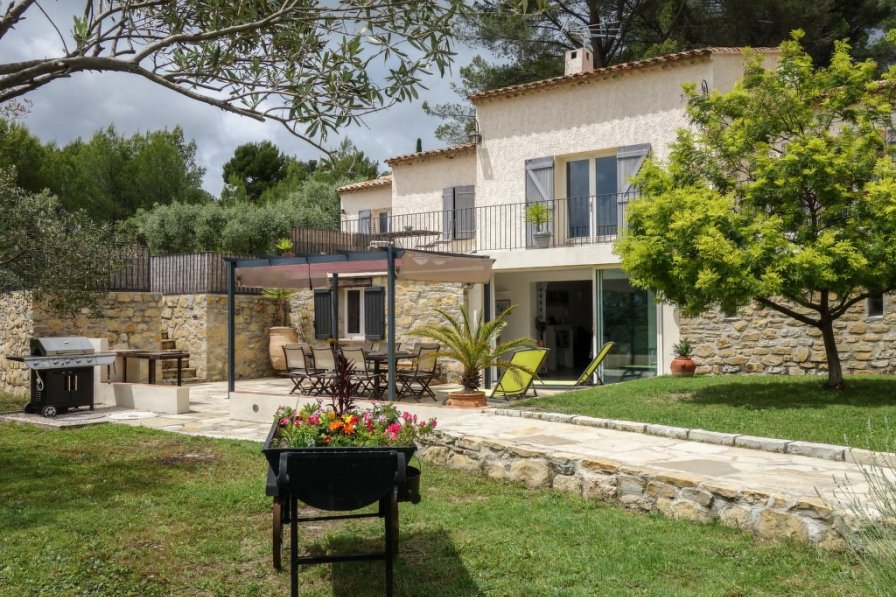 Apartment in France, Le Castellet