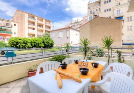 Apartment in Carras, the South of France