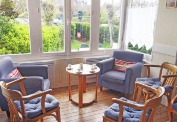 6 bedroom House for rent in Dinard