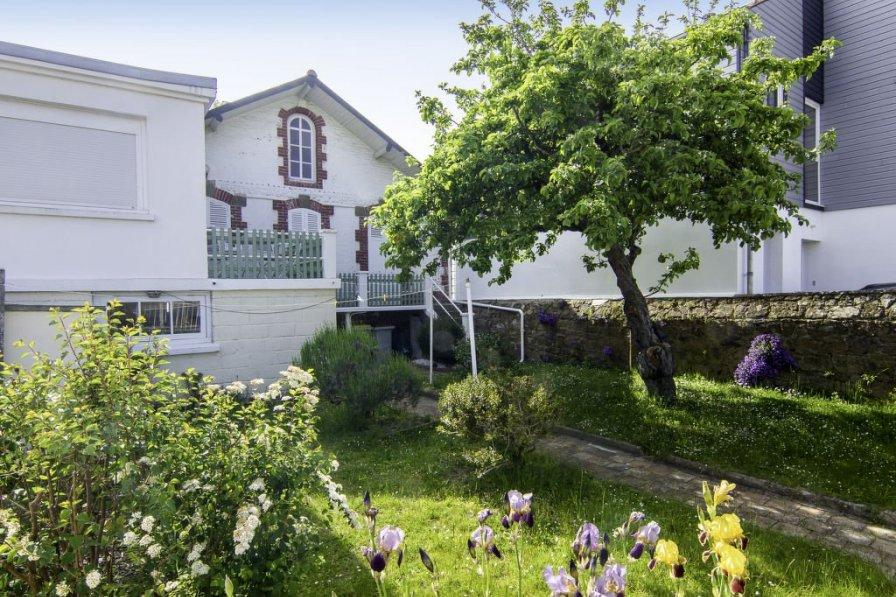House in France, Le Clos-Cadot- L'Esperance