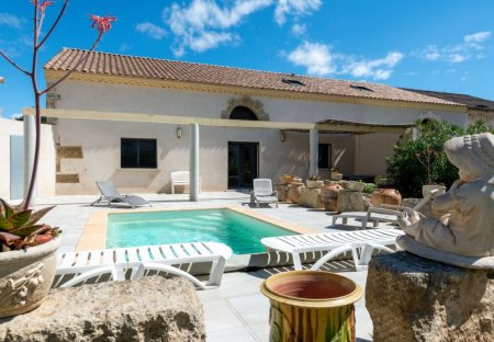 Villa in Fleury, the South of France