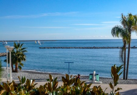 Apartment in Les Paluds, the South of France