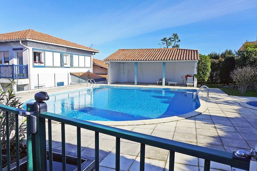 Apartment in France, Moleres-Sopite