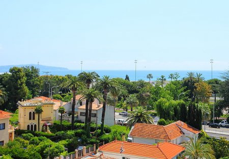 Apartment in Arenas-Cassin, the South of France