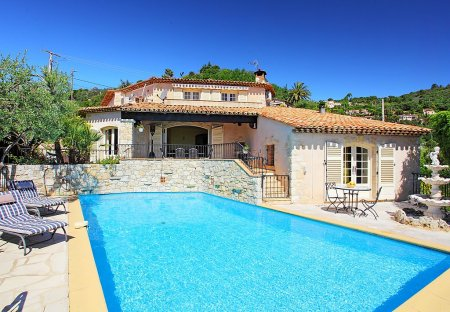 House in Le Grand Duc-Minelle, the South of France