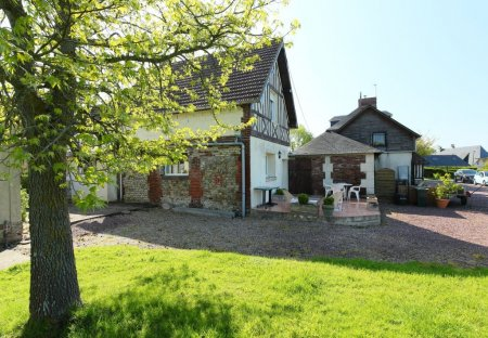 House in Hennequeville-Zone Callenville, France