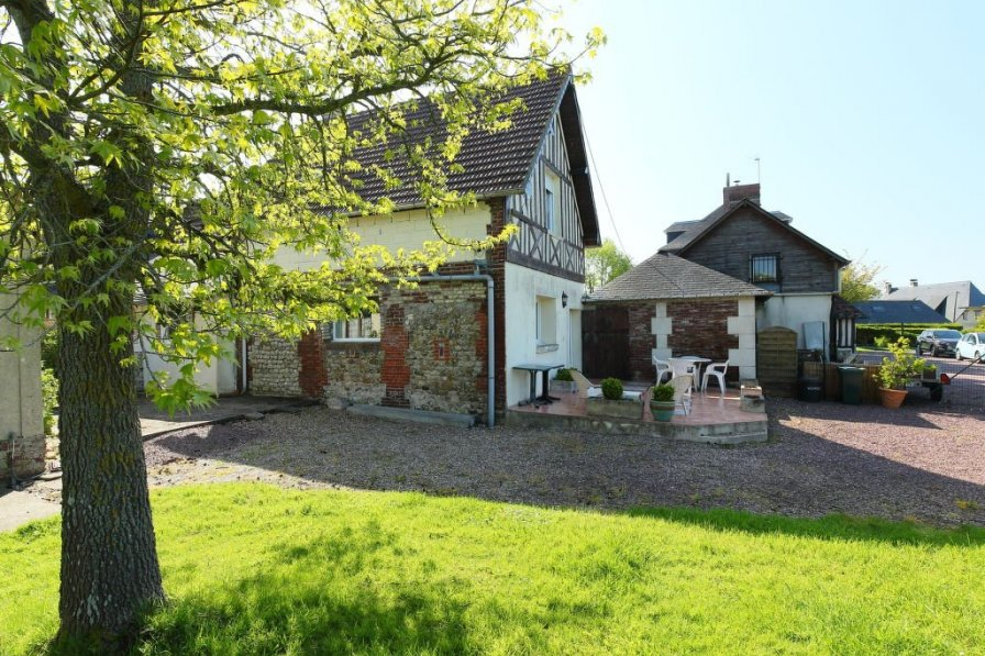 House in France, Hennequeville-Zone Callenville