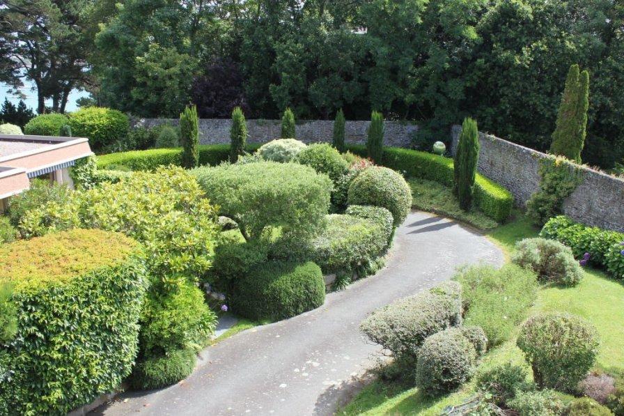 Owners abroad Le Parc de La Ronceray