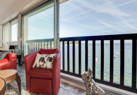 Apartment in Saint-Pierre-Quiberon, France