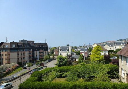Apartment in Aguesseau-Ville Sud, France