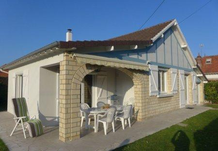 House in Merville-Franceville-Plage, France