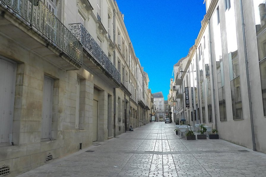 Apartment in France, Poitiers