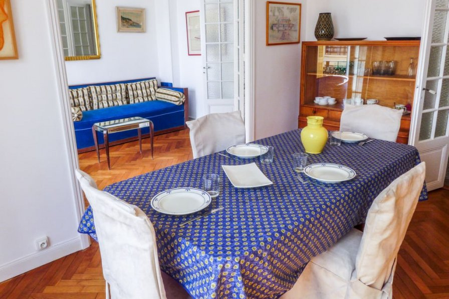 Apartment in France, Clemenceau