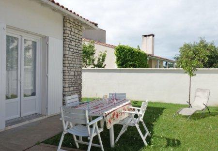 Villa in Vaux-sur-Mer, France