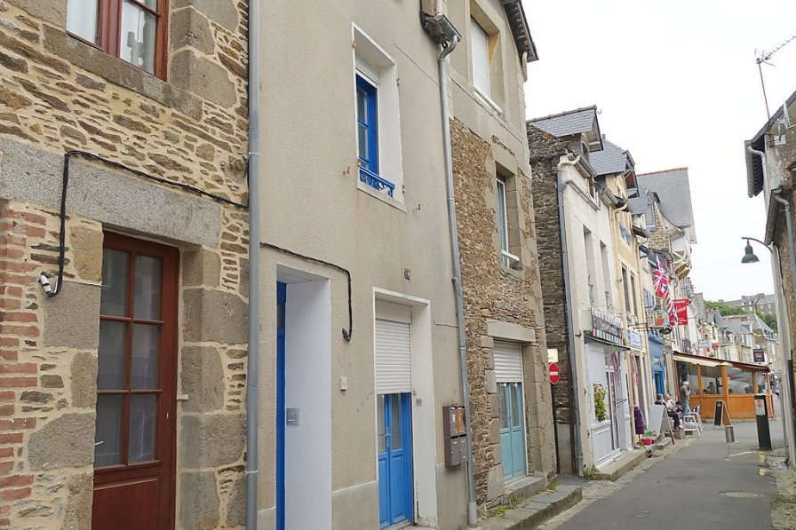 Apartment in France, Cancale Town