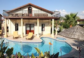 Villa dalyandiamond 5 bedroom villa private pool & bar free wifi