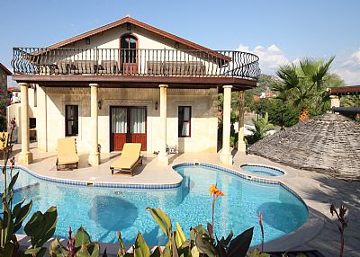Villa in Turkey, Dalyan: stunning 5 bedroom with private pool and bar