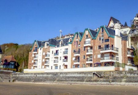 Apartment in Port Littoral-Ville Nord, France