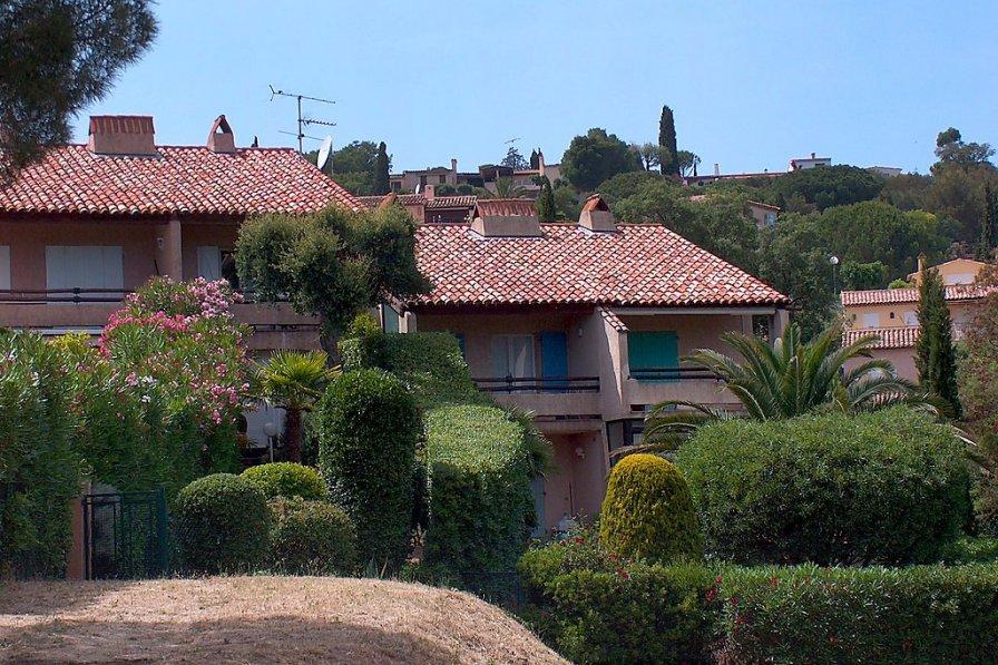 Owners abroad Les Jardins de Guerrevieille