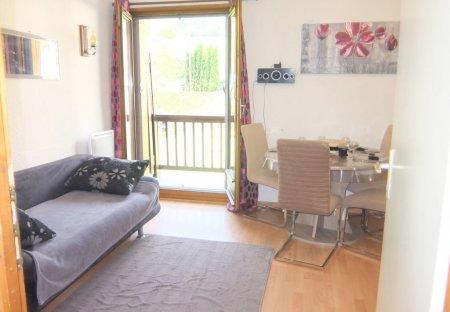 Apartment in Saint-Pancrace, France