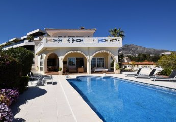 4 bedroom Villa for rent in Torrequebrada