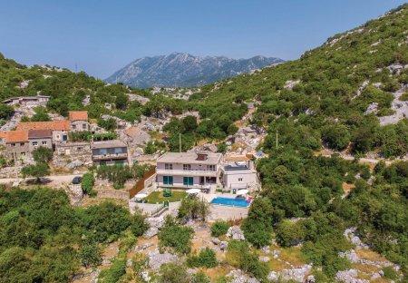 Villa in Ploče, Croatia