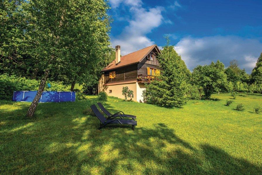 Villa in Croatia, Breze