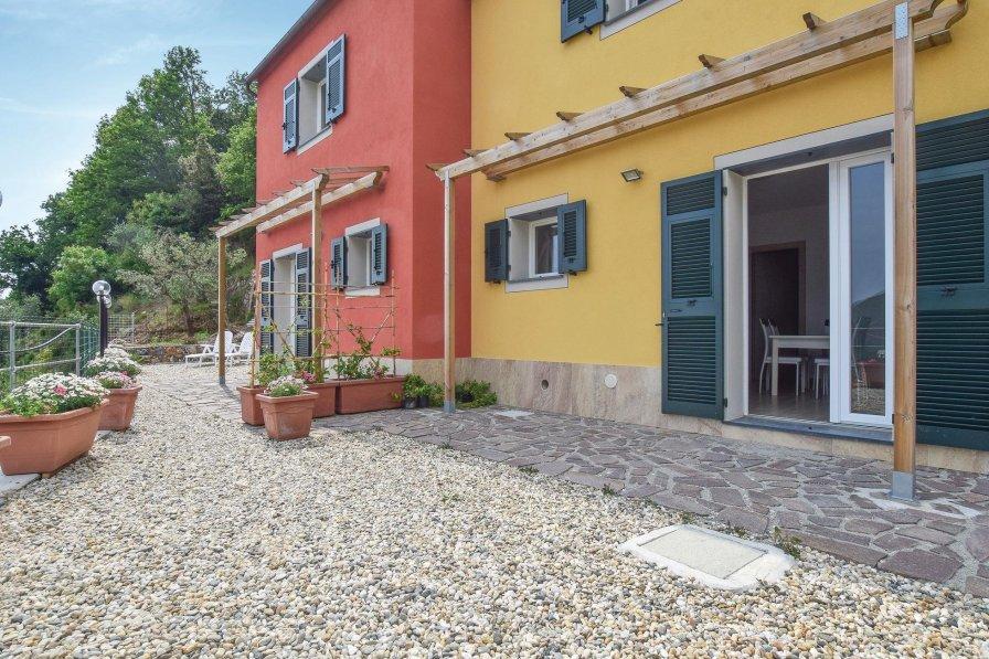 Villa in Italy, Framura