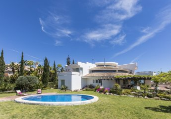 4 bedroom Villa for rent in Benahavis