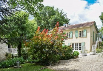 2 bedroom Villa for rent in Bergerac