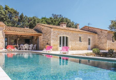 Villa in Le Garn, the South of France