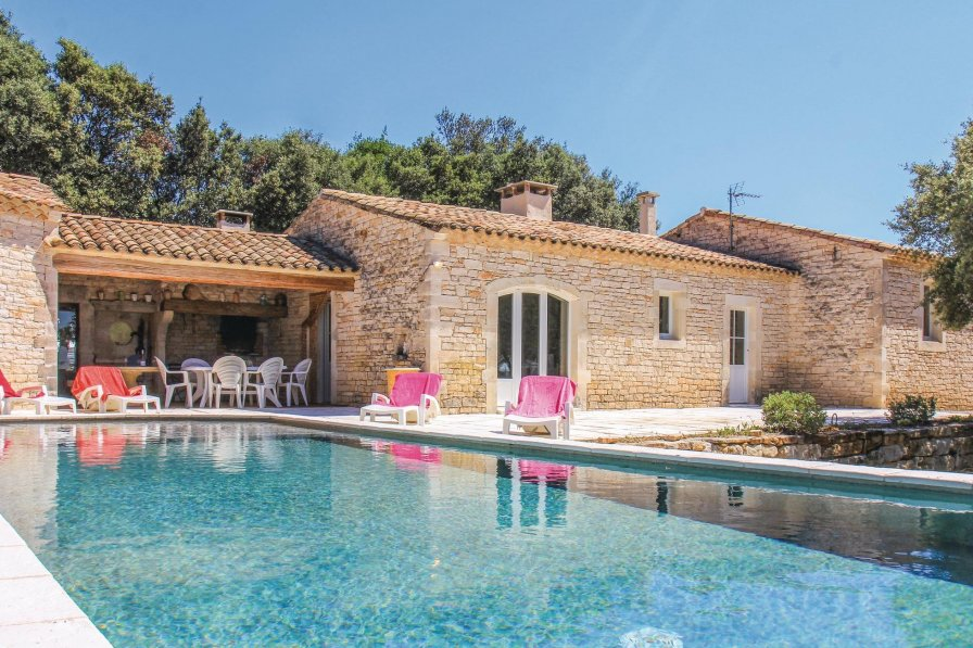 Villa in France, Le Garn
