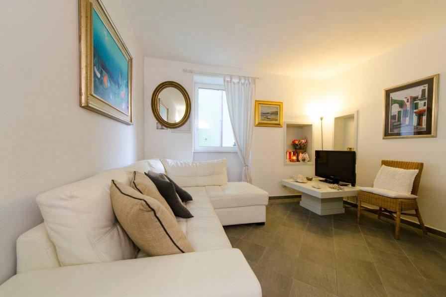 Apartment in Italy, Bogliasco