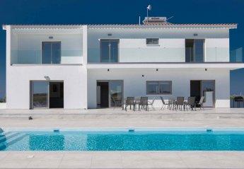 6 bedroom Villa for rent in Paralimni