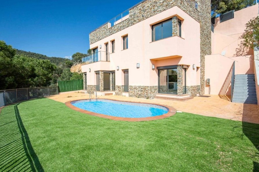 Villa in Spain, Canyelles (Tossa de Mar)