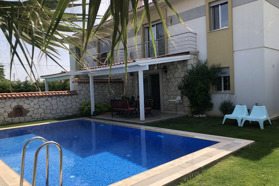 TR- V5 Cozy 3B Villa with pool in Alacati