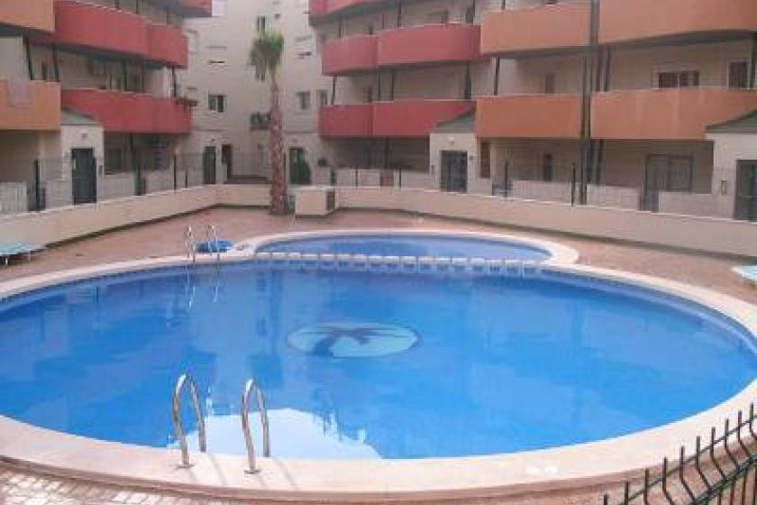 Apartment To Rent In Almoradi Spain With Pool 25499