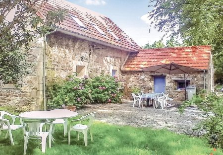 Villa in Rte de Treguier-Le Rusquet, France