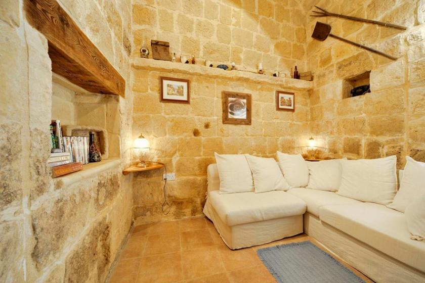 Farm House To Rent In Saint Lawrence San Lawrenz Malta